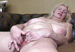 Divertente babe, figa rasata video di donne mature e clitoride con le mani