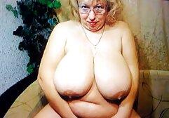 Il ragazzo video gratis casalinghe mature che pasticca con una bionda