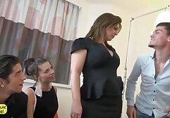 Sesso filmati erotici di donne mature di notte a letto
