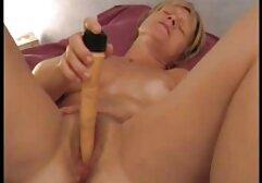 Bellezza succhia film porno con donne vecchie cazzo