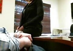 Magro ragazza spinning nudo video donne mature gratis in anteriore di webcam su divano